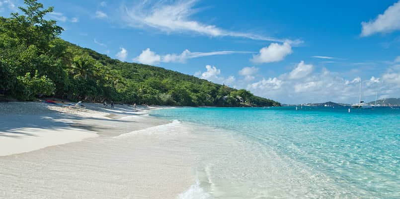 Crystal clear water of Honeymoon Beach at Virgin Islands National Park